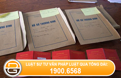 Hanh-vi-lam-ho-so-gia-huong-che-do-nguoi-co-cong-voi-cach-mang