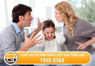 gianh-quyen-nuoi-con-voi-vo-khi-vo-co-loi-song-khong-lanh-manh