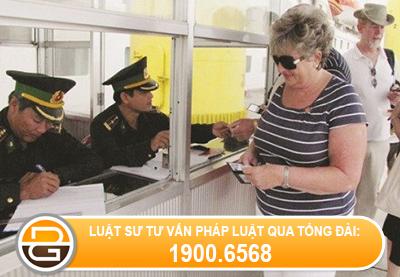 the-tam-tru-het-han-co-bat-buoc-phai-xuat-canh-khong