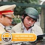 Người điều khiển đồng thời là chủ xe thì áp dụng mức phạt nào? class=