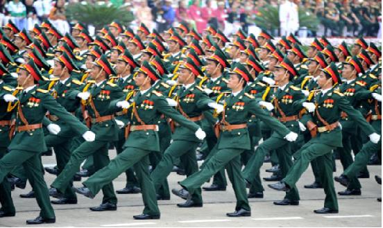Tính thâm niên khi chuyển từ công nhân viên quốc phòng sang quân nhân chuyên nghiệp
