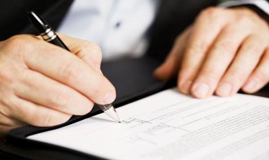 Chủ thể có thẩm quyền thay mặt ký kết hợp đồng của công ty