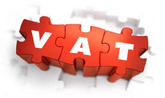 Bán hàng hóa được tặng kèm sản phẩm có phải đăng ký chương trình khuyến mại không?