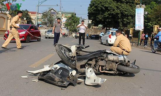 Hỏi về người gây tai nạn giao thông chịu trách nhiệm như thế nào?