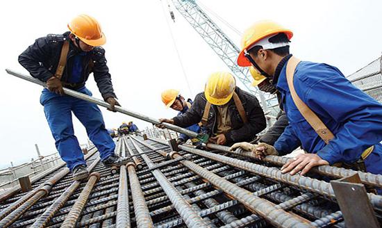Tạm ứng và bảo lãnh thực hiện hợp đồng trong xây dựng
