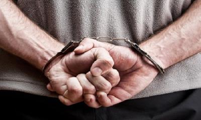 So sánh phạt tù có thời hạn và tạm giam trong tố tụng hình sự