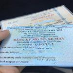 Chưa đủ 18 tuổi có được đứng tên đăng ký xe máy không?