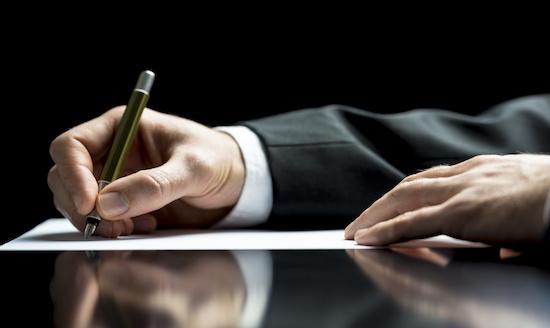 Quyết định hành chính là gì? Phân biệt với các loại quyết định khác?