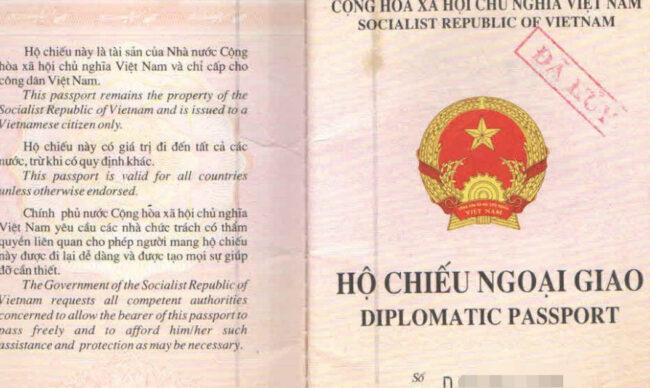 Hộ chiếu ngoại giao là gì? Quy định của pháp luật về hộ chiếu ngoại giao?