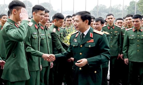 Quân nhân chuyên nghiệp là gì? Quân nhân chuyên nghiệp gồm những đối tượng nào?